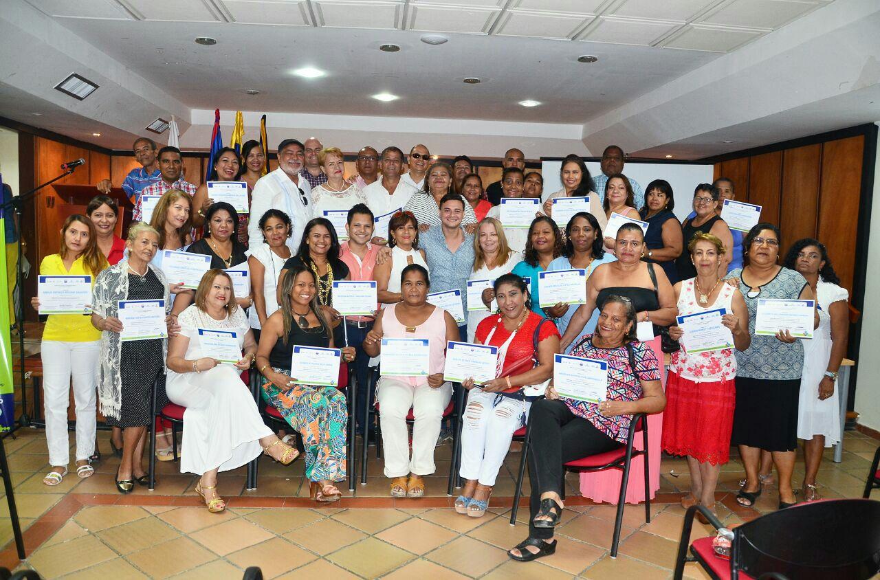 Distrito certificó a 85 dignatarios de Organizaciones Comunales