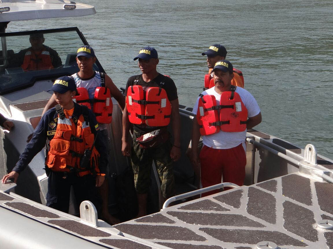 La Armada Nacional efectúa búsqueda y rescate