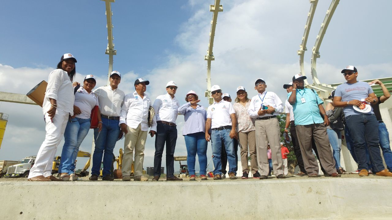 El estadio de fútbol estará listo para los Juegos Bolivarianos: Alcaldes menores